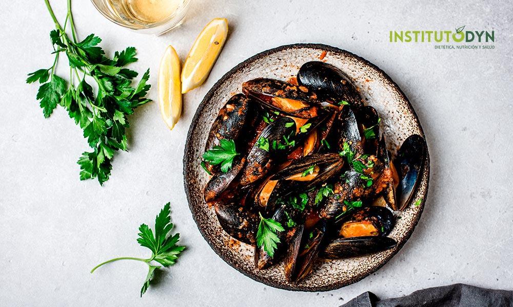 Conoce qué alimentos ricos en hierro son imprescindibles en la dieta
