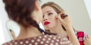 Estudiar el curso de maquillaje te permitirá convertirte en un profesional del ámbito de la cosmética y de la belleza