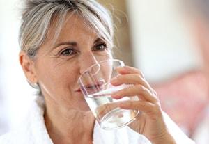 estudiar-recomendaciones-consumo-agua