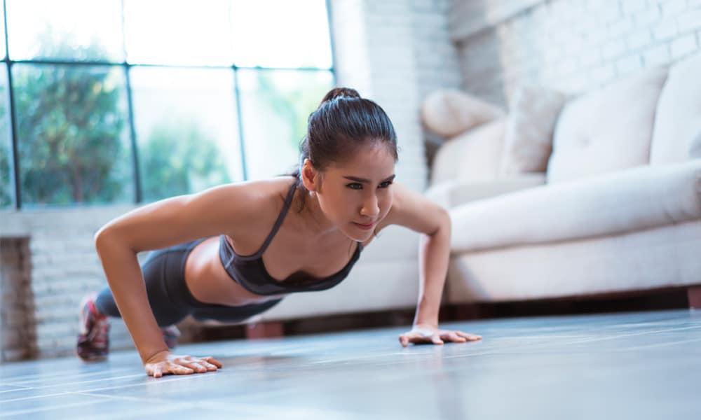 Gimnasio en casa: los mejores ejercicios para mantenerte en forma