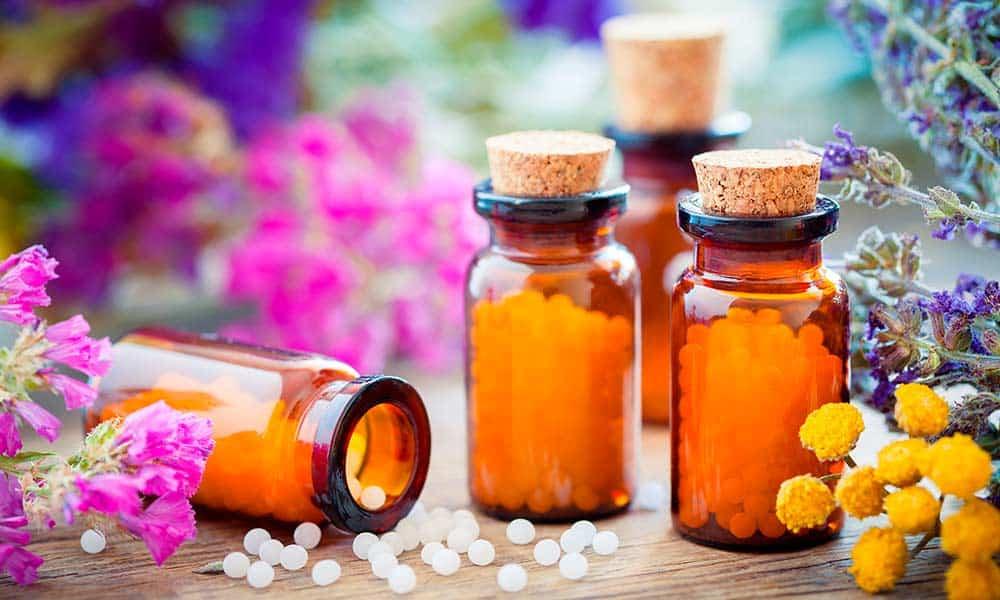 Conoce los usos, beneficios y contraindicaciones de los medicamentos homeopáticos