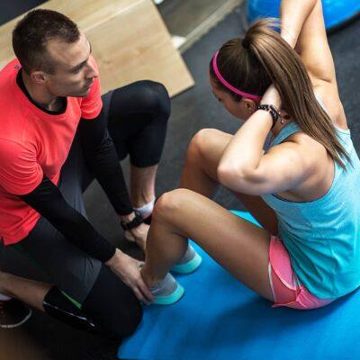 Estudiar el Curso de Monitor de Aeróbic para planificar sesiones de entrenamiento de ejercicios aeróbicos y de step
