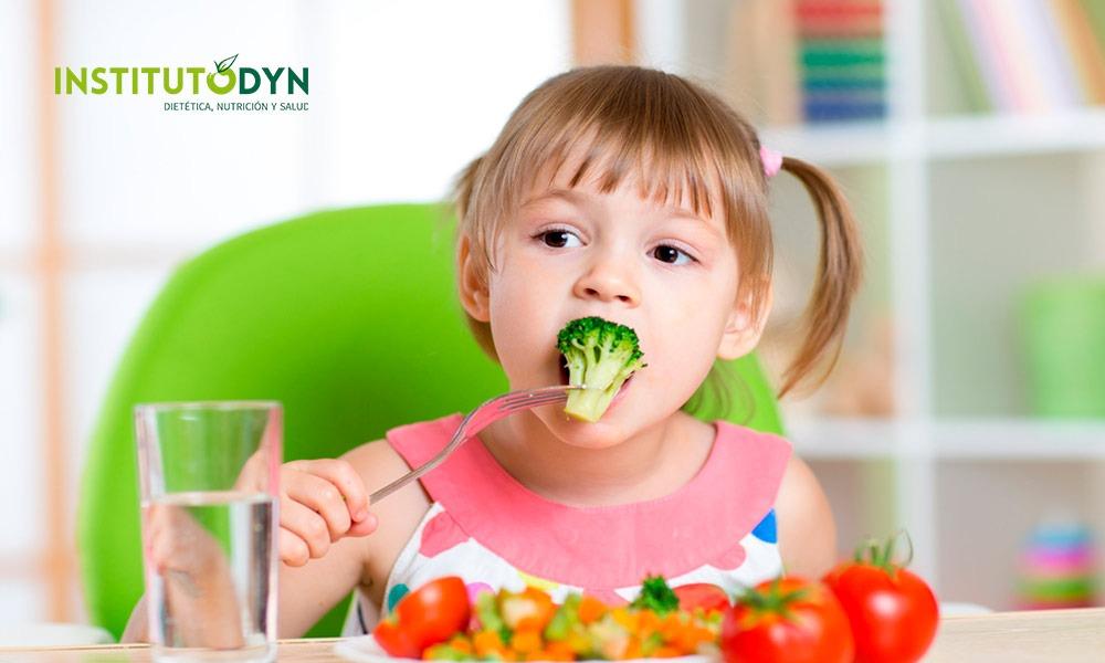 Descubre cómo educar el paladar de los niños y planificar una nutrición infantil saludable