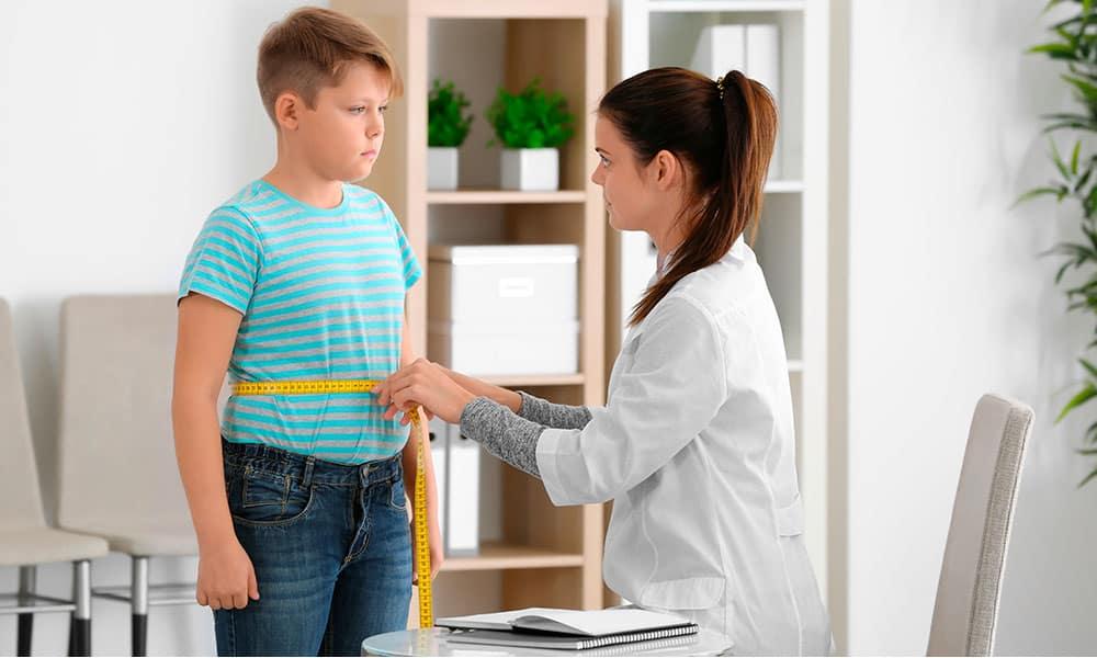 La obesidad infantil: causas, posibles tratamientos y prevenciones