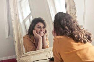 Descubre los mejores tratamientos de rejuvenecimiento facial